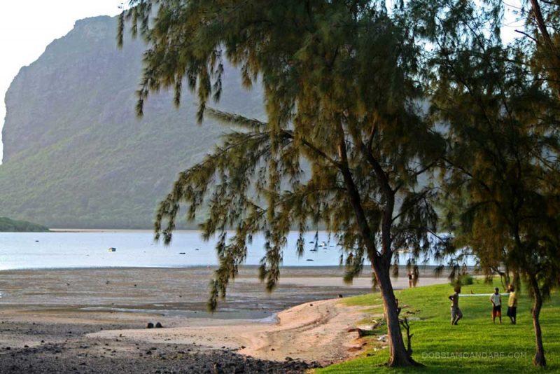 mauritius-morne_village
