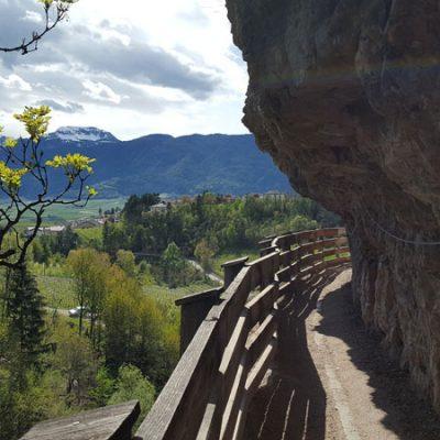 Sentiero nella roccia per il Santuario di San Romedio