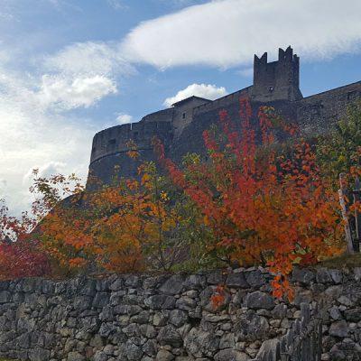 Castel Beseno e Lago di  Cei in Vallagarina